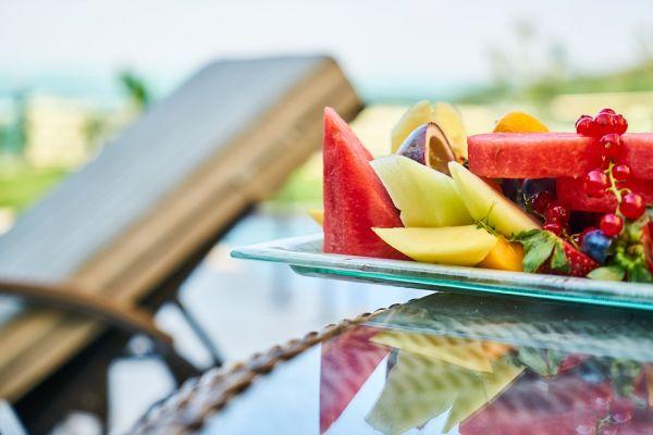Καλοκαιρινή διατροφή: Συμβουλές για αδυνάτισμα χωρίς θυσίες   imommy.gr