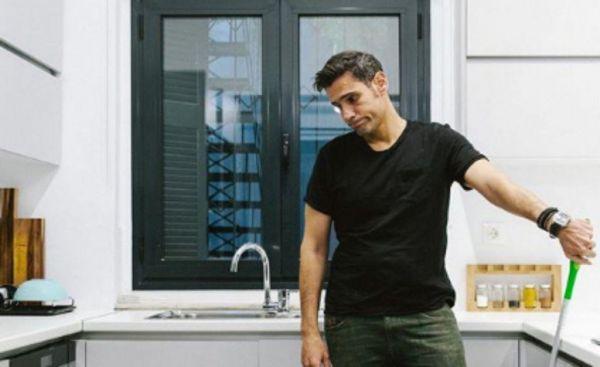 Ουγγαρέζος: Γιατί τον έκοψαν από εκπομπή; | imommy.gr