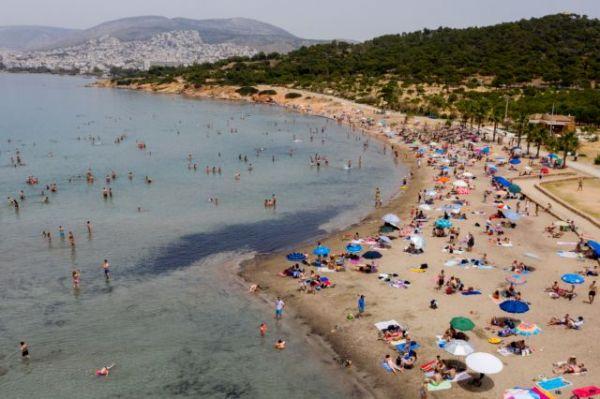 Οι νέοι κανόνες στις παραλίες – Τι ισχύει για μπαρ, μουσική και αλκοόλ | imommy.gr