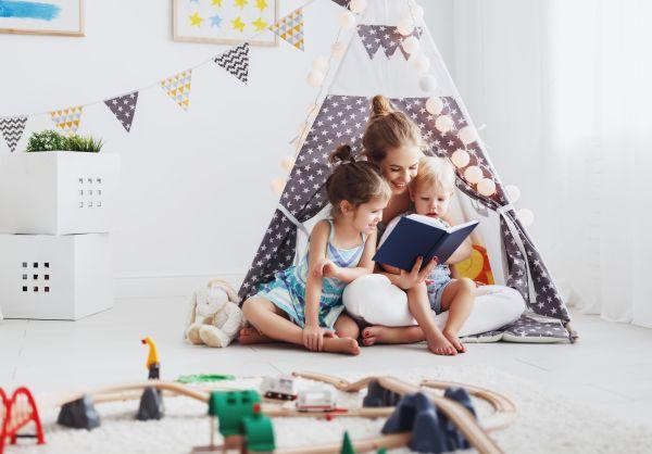 Τρεις λόγοι να διαβάζετε βιβλία μαζί με το παιδί | imommy.gr