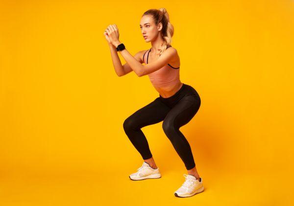 Squats: Τρία συχνά λάθη που πρέπει να αποφύγετε | imommy.gr