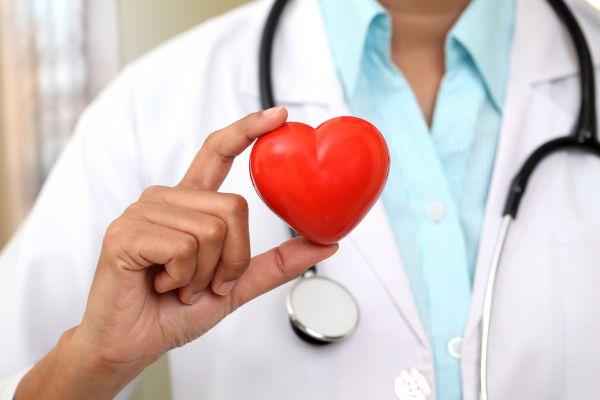 Όσα πρέπει να προσέξουν οι ασθενείς με καρδιαγγειακά νοσήματα το φετινό καλοκαίρι | imommy.gr