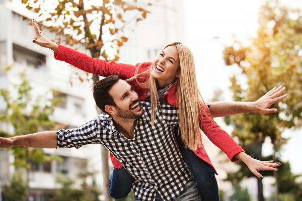 Η αντίδραση κάθε ζωδίου στον έρωτα | imommy.gr