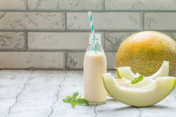 Δροσιστικό smoothie με πεπόνι | imommy.gr