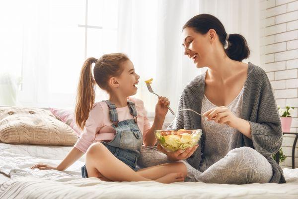Πώς θα βοηθήσω το παιδί να κάνει πιο υγιεινές διατροφικές επιλογές; | imommy.gr