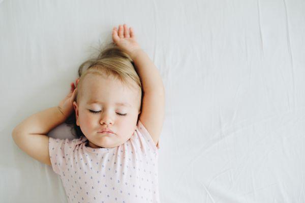 Φτιάχνουμε το πρόγραμμα ύπνου του μωρού μας | imommy.gr