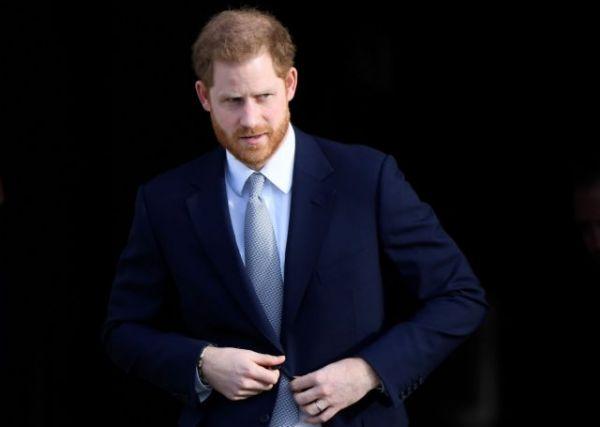 Λογαριασμούς με ψευδώνυμα διατηρούσε ο Πρίγκιπας Χάρι στα social media | imommy.gr
