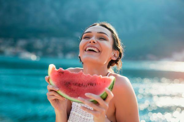 Γιατί το καλοκαίρι είναι η ιδανική εποχή για να αδυνατίσετε | imommy.gr