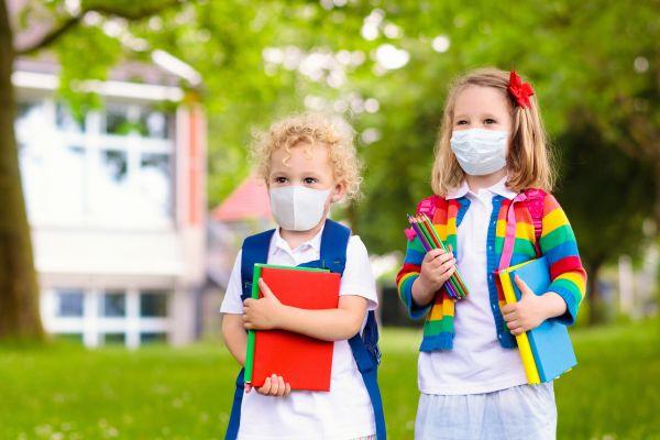Άνοιγμα σχολείων: Πότε θα γίνει – Θα φοράνε μάσκα οι μαθητές; | imommy.gr