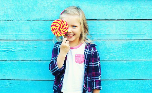 Παιδί: Γιατί δεν πρέπει να χρησιμοποιείτε το φαγητό ως επιβράβευση; | imommy.gr