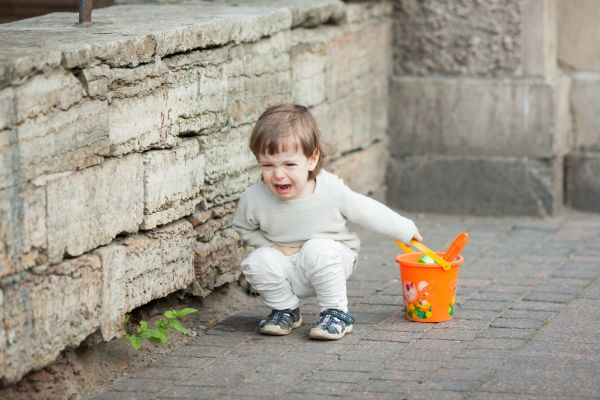 Πώς θα σταματήσει να γκρινιάζει το παιδί; | imommy.gr