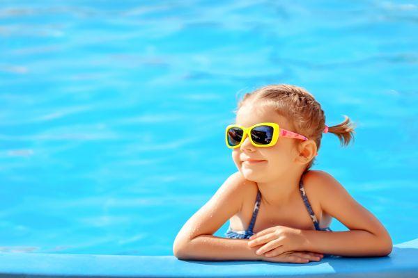 Παιδί: Πώς θα μάθει να κολυμπάει σωστά; | imommy.gr