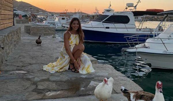 Σταματίνα Τσιμτσιλή: Απολαμβάνει τις διακοπές της στην Πάρο | imommy.gr