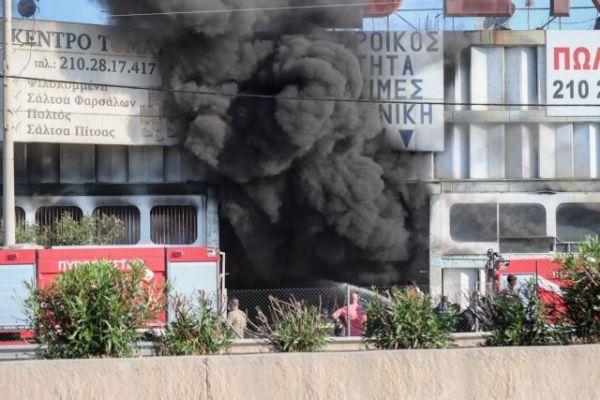 Μεταμόρφωση: Φωτιά σε εργοστάσιο πλαστικών – Καπνοί στον αττικό ουρανό | imommy.gr
