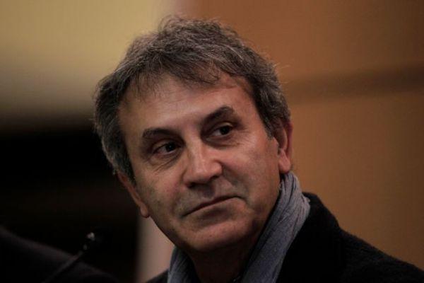 Γιώργος Νταλάρας : Αποχαιρέτησε τον Γιάννη Πουλόπουλο | imommy.gr