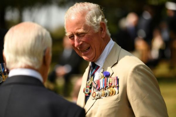 Ο πρίγκιπας Κάρολος εγκαταλείπει τη βιολογική φάρμα του | imommy.gr