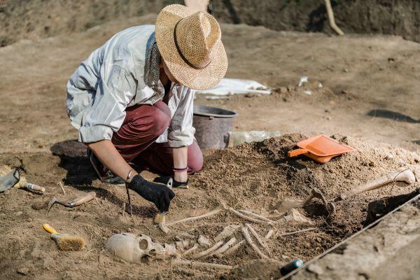 Ισραήλ: Ανασκαφές φέρνουν στο φως τα ίχνη αρχαιότερης αποτέφρωσης | imommy.gr
