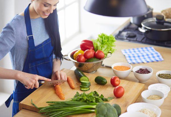 Πώς θα βελτιώσουμε τη διατροφή μας;   imommy.gr