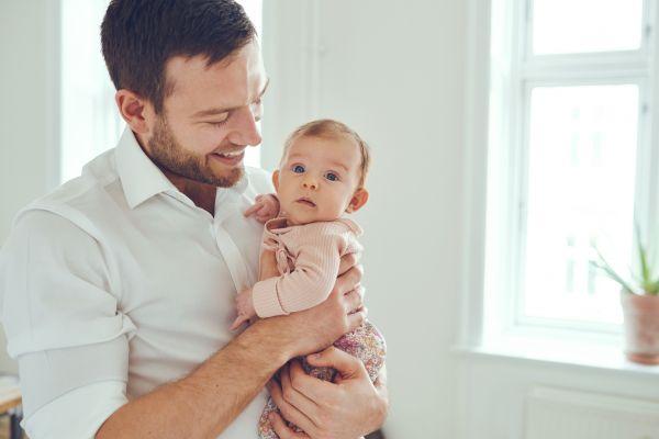 Πώς θα αρχίσει ο μπαμπάς να δένεται με το μωρό | imommy.gr