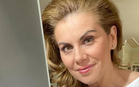 Ευγενία Μανωλίδου : Έστειλε ένα ηχηρό μήνυμα για τη μάσκα στα σχολεία | imommy.gr