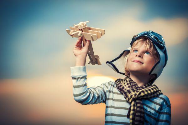 Γιατί πρέπει να αφήνουμε το παιδί να παίζει   imommy.gr