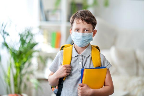 Κοροναϊός: Ποια συμπτώματα εμφανίζουν συνήθως τα παιδιά;   imommy.gr