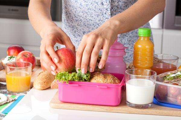 Συμβουλές για να φτιάξετε ένα υγιεινό κολατσιό | imommy.gr