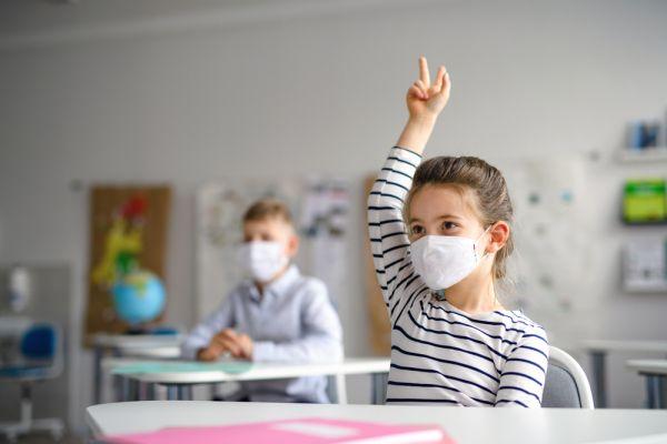 Βάζουμε τα μικρόβια… τιμωρία: Προστατεύουμε τα παιδιά μας από τον κορωνοϊό | imommy.gr