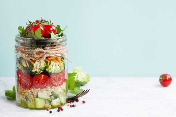 Σαλάτα… σε βάζο: H διατροφική μόδα που μας κάνει καλό | imommy.gr