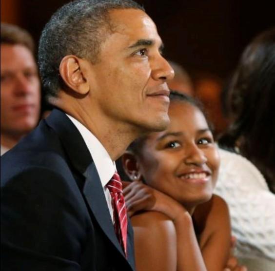 Σάσα Ομπάμα: Χαμός με βιντεάκια της στα social media | imommy.gr