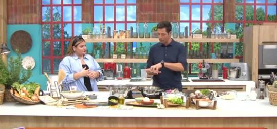 «Πάμε Δανάη!» : Υπέροχη σούπα μανιταριών από τον Απόστολο Ρουβά   imommy.gr