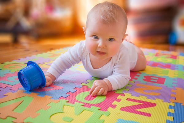 Η ανάπτυξη κινητικών δεξιοτήτων στα μωρά | imommy.gr