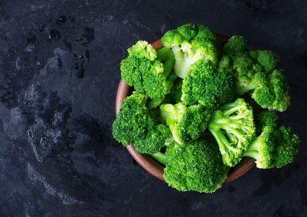 Ποιες τροφές είναι πιο θρεπτικές όταν καταναλώνονται ωμές; | imommy.gr