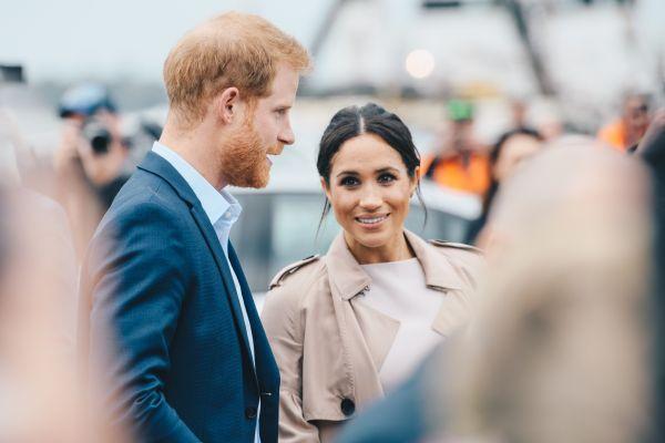 Χάρι και Μέγκαν : Φωτογραφίζονται μαζί μετά την αποχώρησή τους από το βασιλικό παλάτι | imommy.gr