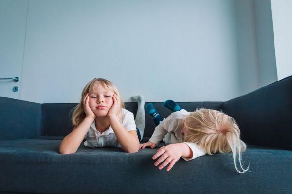 Γιατί είναι σημαντικό να αφήνετε τα παιδιά να βαρεθούν; | imommy.gr