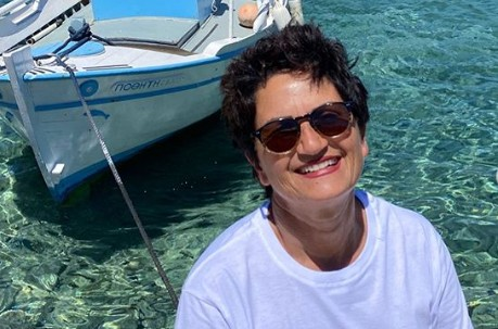 Άλκηστις Πρωτοψάλτη : Σε παραλία της Σύρου για σερφ | imommy.gr