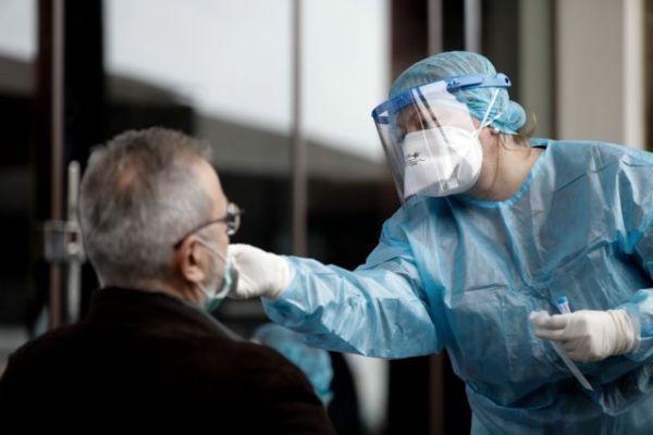 Έρευνα: Τα rapid τεστ κοροναϊού «πιάνουν» με ακρίβεια τους πιο μολυσματικούς ασθενείς | imommy.gr