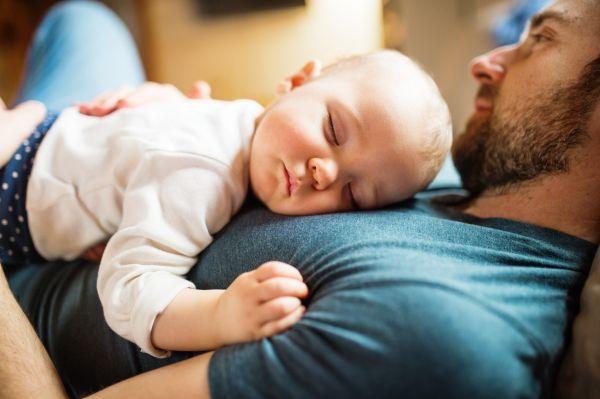 Μωρό: Τι πρέπει να περιλαμβάνει η ρουτίνα ύπνου του; | imommy.gr