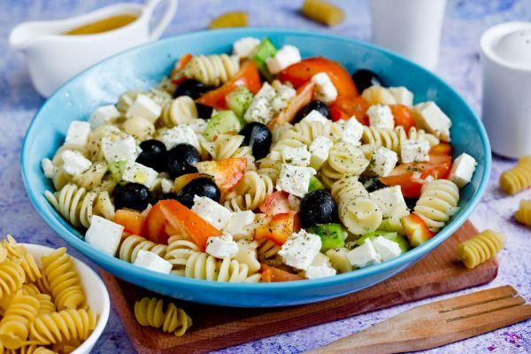 Συνταγή για μακαρονοσαλάτα που θα ενθουσιάσει τα παιδιά | imommy.gr