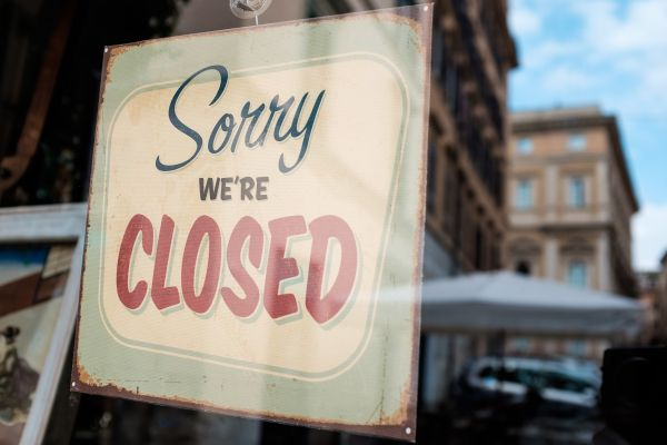 Lockdown: Τι θα γίνει με την εστίαση και το λιανεμπόριο; | imommy.gr