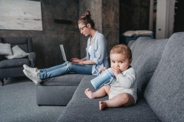 Νέα μαμά; Πώς και γιατί πρέπει να ζητάτε βοήθεια | imommy.gr