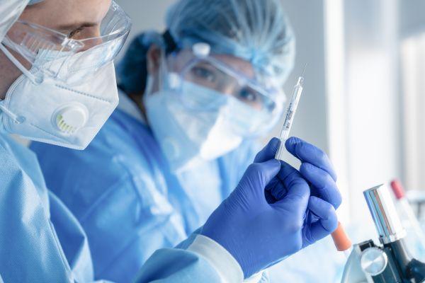 Μήνυμα Τσιόδρα: «Θα νικήσουμε, αισιόδοξα τα μηνύματα από τα εμβόλια» | imommy.gr