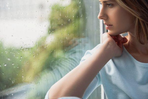 Σύντομος οδηγός διαχείρισης της μοναξιάς | imommy.gr