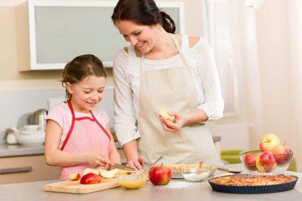 Πώς θα εντάξετε περισσότερα φρούτα στη διατροφή της οικογένειάς σας   imommy.gr