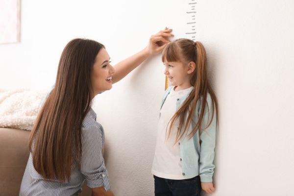 Γίνεται να πονάει το παιδί επειδή ψηλώνει; | imommy.gr