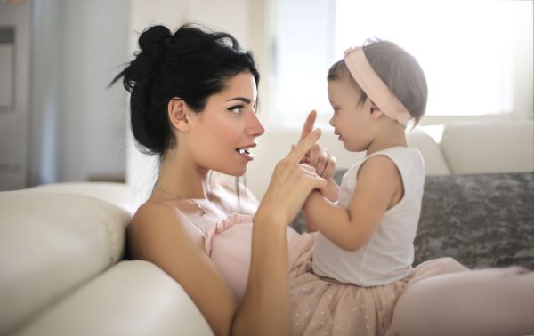 Πώς θα ενθαρρύνετε το μωρό να μιλήσει | imommy.gr