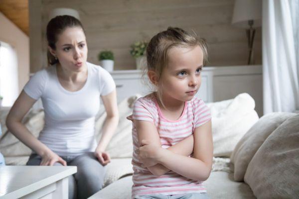 Γιατί το παιδί λέει κακές λέξεις; | imommy.gr