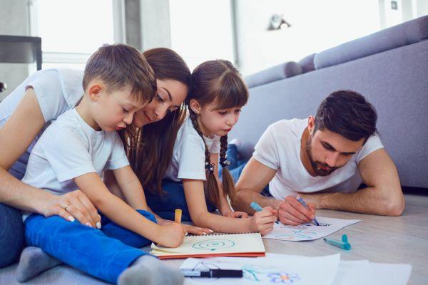 Παιχνίδια στο σπίτι για όλη την οικογένεια   imommy.gr