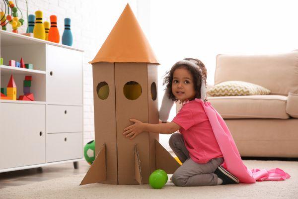 Πώς θα ενθαρρύνετε το φανταστικό παιχνίδι του παιδιού | imommy.gr