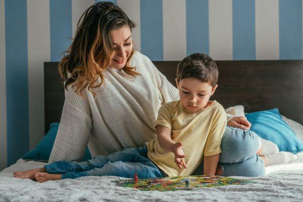 Επιτραπέζια: Γιατί είναι σημαντικά για την ανάπτυξη του παιδιού   imommy.gr